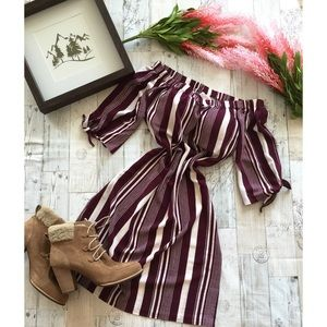 NWT Love Tree Burgundy Tie Sleeve Dress
